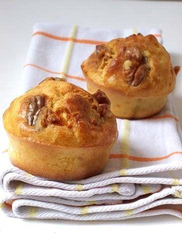Ricetta muffin al formaggio e noci