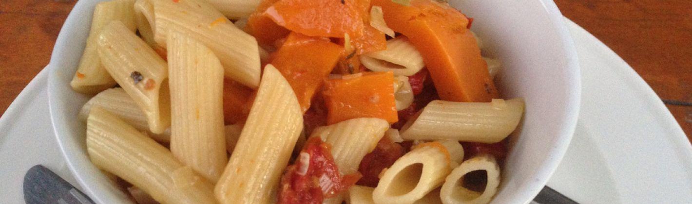 Ricetta pasta con zucca e provola