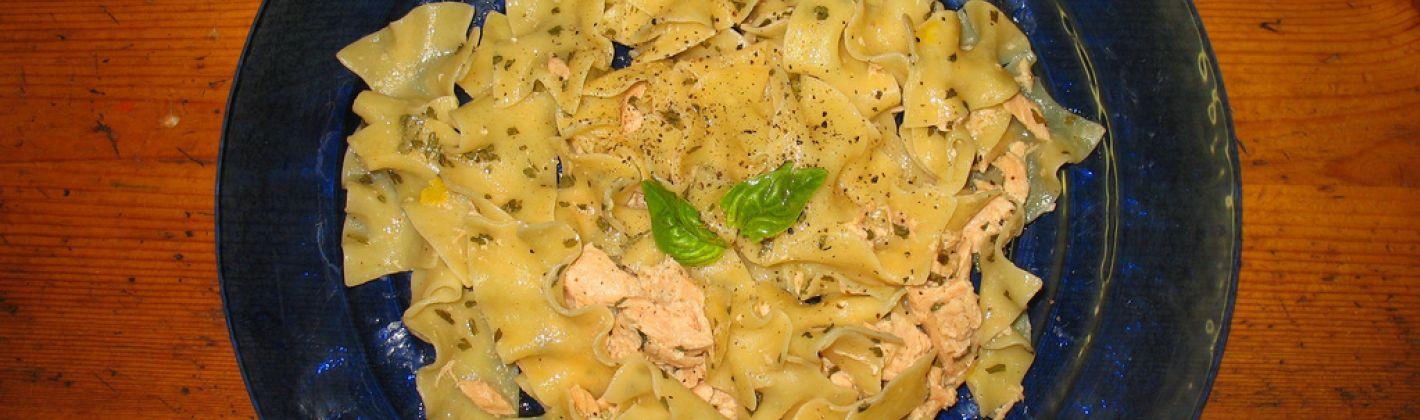 Ricetta pasta al salmone e limone