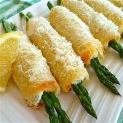 Rotolini croccanti di asparagi e pancetta