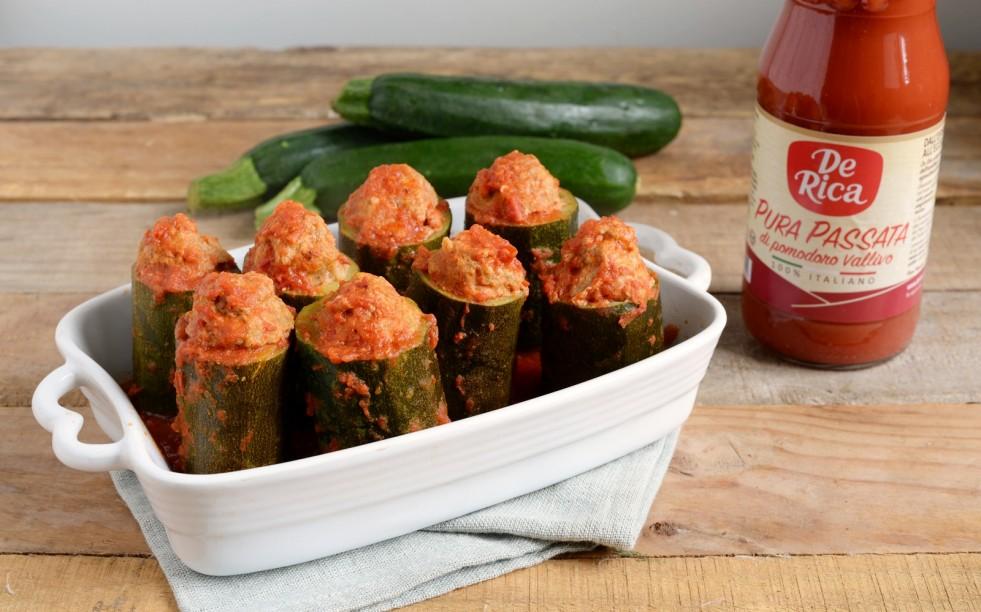 Ricetta zucchine ripiene al pomodoro