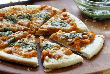 Pizza alla crema di zucca