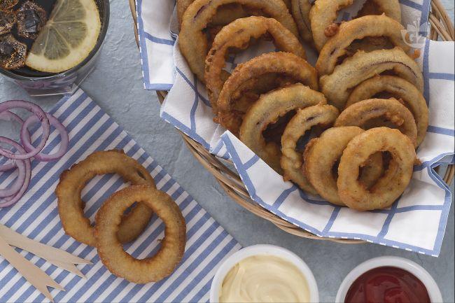 Ricetta anelli di cipolla in pastella