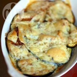 Melanzane al forno con aglio e formaggio