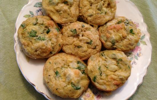 Mini soufflé di spinaci e formaggio