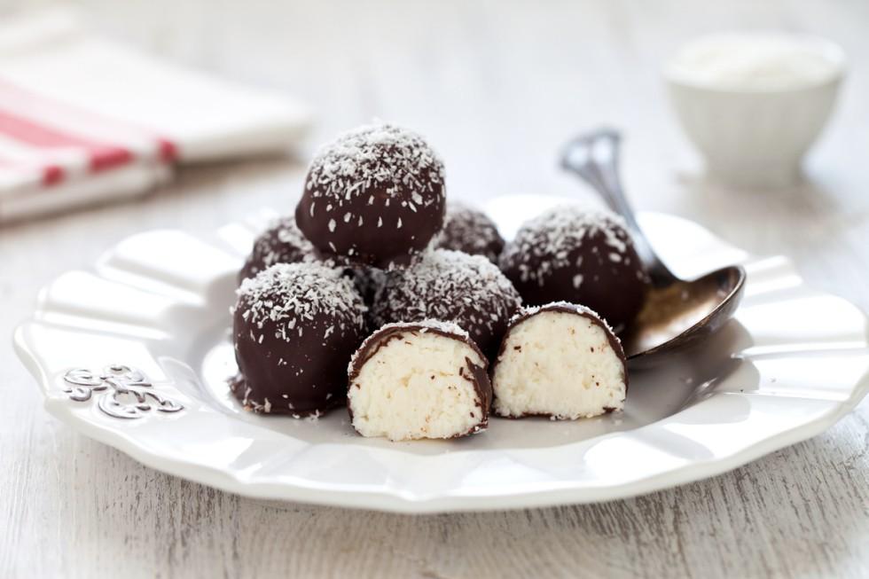 Ricetta palline al cocco e cioccolato