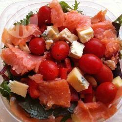 Insalata di salmone e gorgonzola