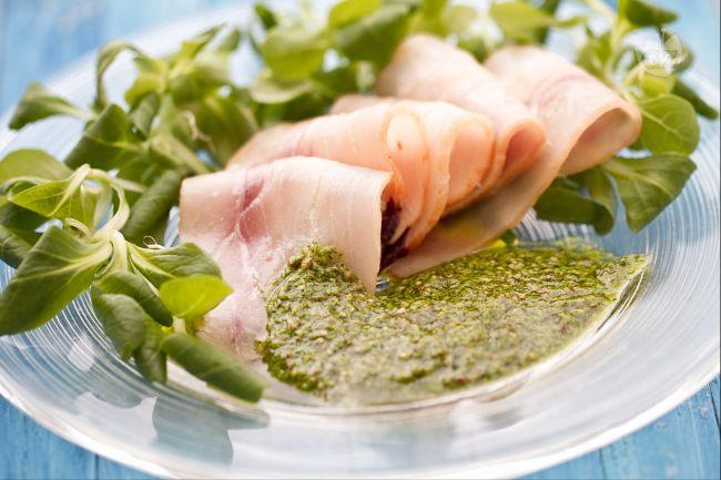 Ricetta carpaccio di pesce spada con salsa verde alla senape