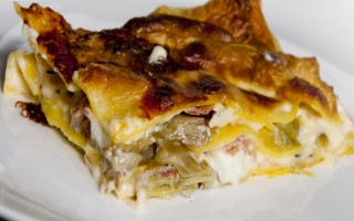 Ricetta lasagne ai carciofi, taleggio e pancetta arrotolata ...