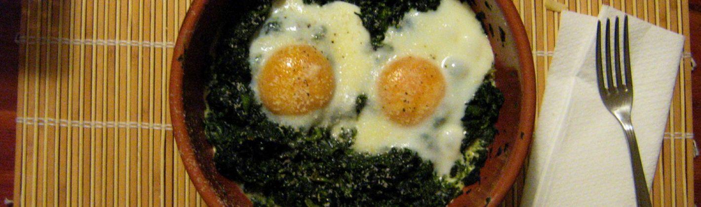 Ricetta uova con spinaci