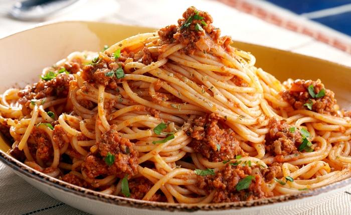 Spaghetti Alla Bolognese La Ricetta Di Buonissimo