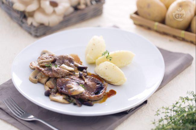 Ricetta scaloppine con funghi misti e purè di patate