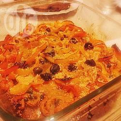 Peperoni alla julienne al gratin con capperi e olive