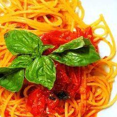 """Ricetta spaghetti al pomodorino """"piennolo"""""""