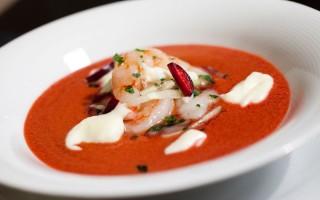 Ricetta gazpacho di ciliegie con gamberi e yogurt al pecorino ...