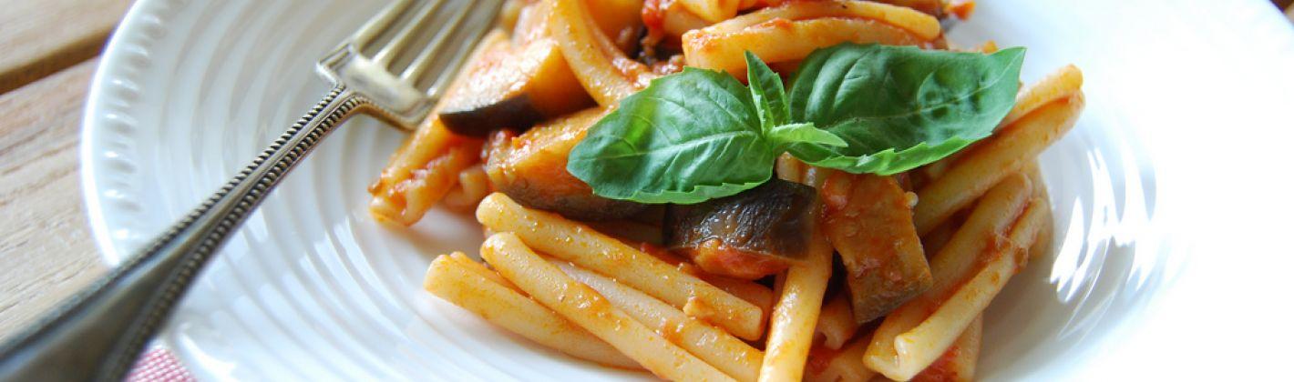 Ricetta pasta alla siciliana con melanzane