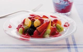 Ricetta macedonia di frutta in salsa di fragoline