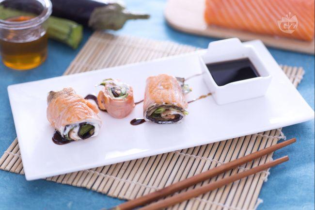 Ricetta arrotolati di salmone ripieni di verdure e formaggio