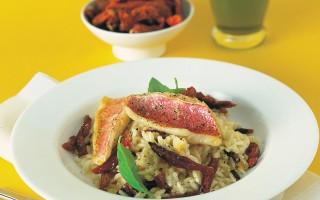Ricetta risotto ai filetti di triglia e pomodorini secchi