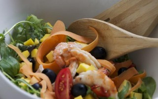 Ricetta insalata di gamberi e mango
