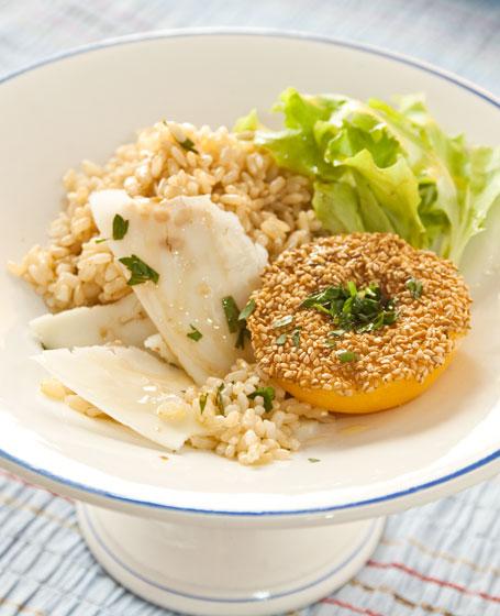 Insalata di riso con pesca, insalata riccia e pecorino