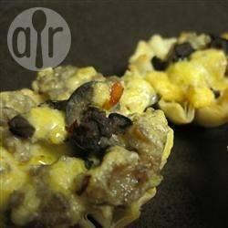 Cestini con salsiccia e funghi