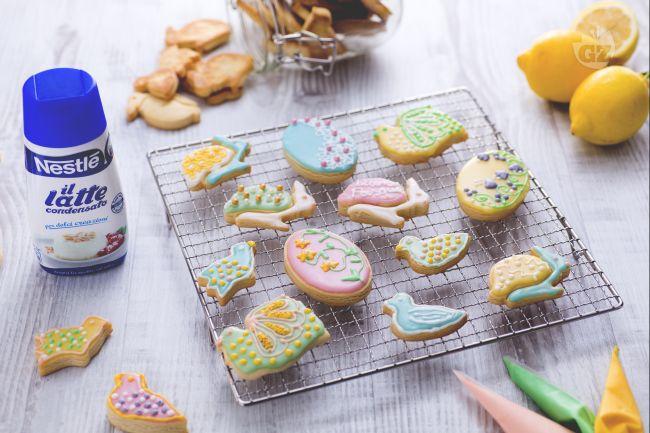 Ricetta biscotti pasquali colorati