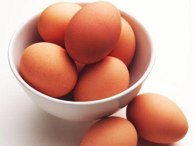 Ricetta uova con cipolle al forno