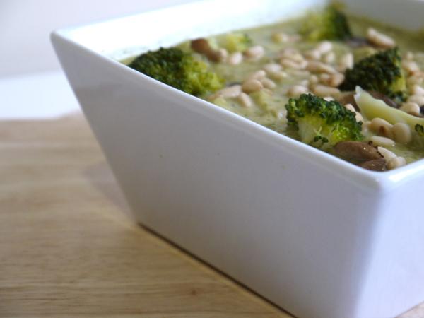 Zuppa di broccoletti e funghi