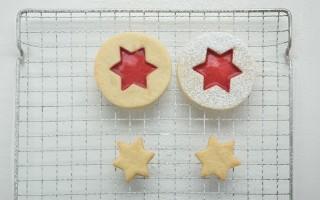 Ricetta biscotti di natale al lampone