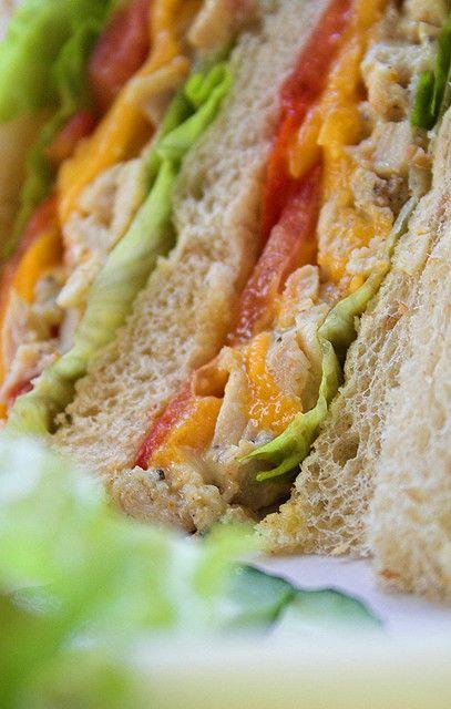 Ricetta sandwich di pollo e mango