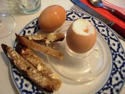 Ricetta uovo alla coque con pinzimonio