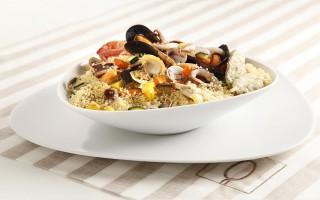 Ricetta cous cous di pesce con croccante di verdure e salvia fritta ...