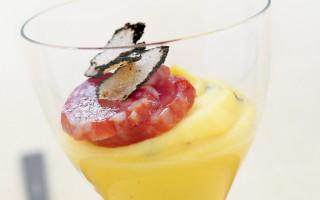 Ricetta bicchierini di purè al tartufo e salame
