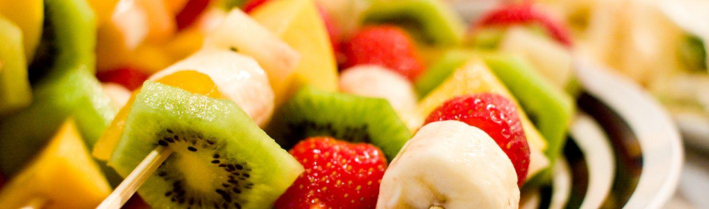 Ricetta spiedini di frutta invernale