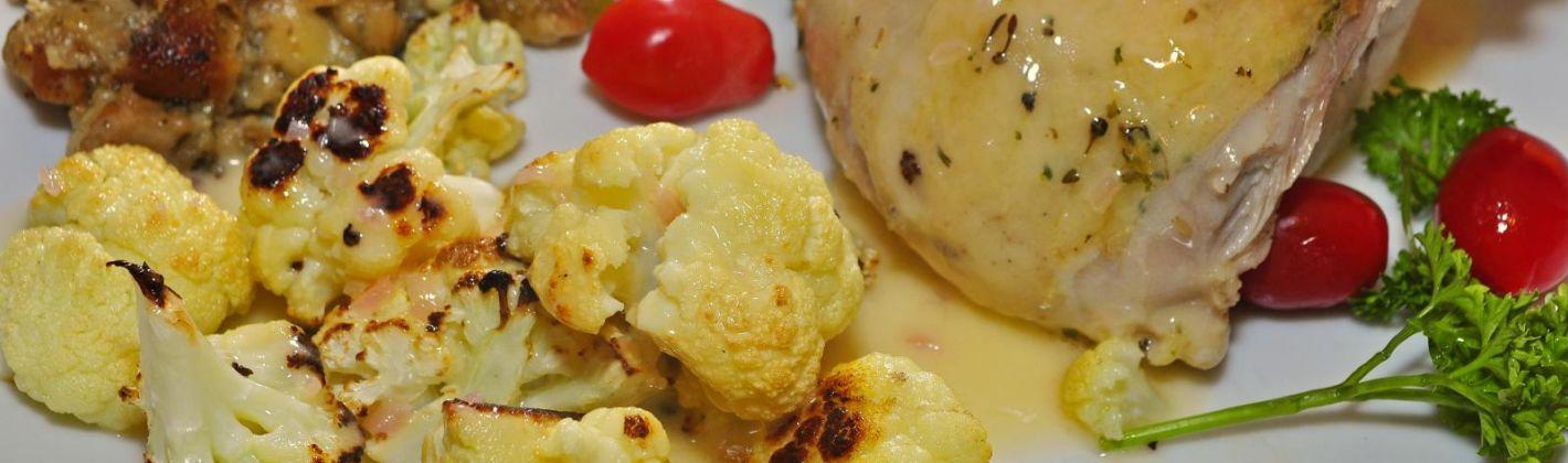 Ricetta petto di pollo con cavolfiore e yogurt al forno