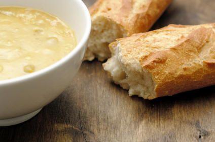 Ricetta crema di pollo e patate con grissini