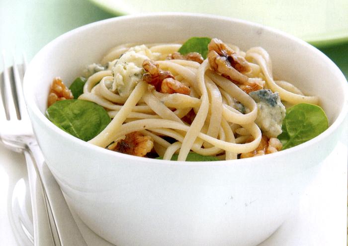Linguine con gorgonzola e noci
