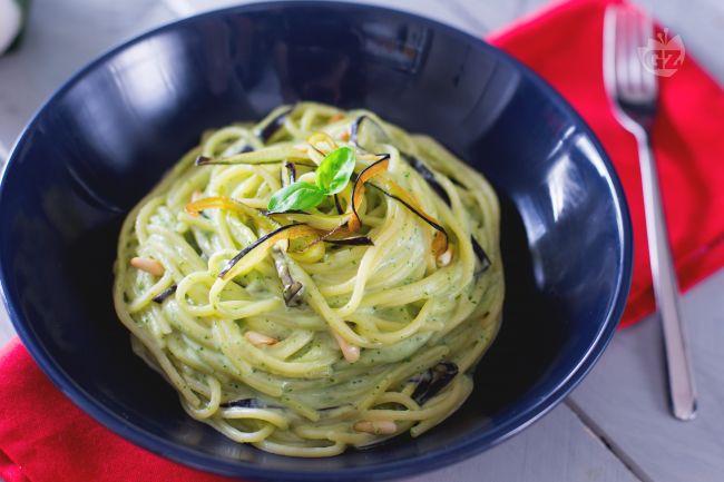 Ricetta spaghetti con crema di burrata e melanzane