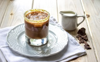 Ricetta caffè shakerato al cioccolato e vaniglia