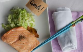 Ricetta salmone e cavolo cappuccio al finocchietto