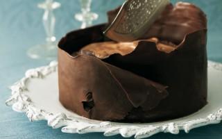 Ricetta torta di meringa e mousse al cioccolato