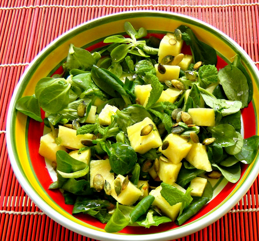 Insalata all'ananas