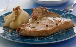 Ricetta costata di vitello con patate al miele e noci