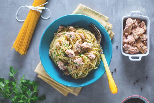 Ricetta spaghetti al tonno