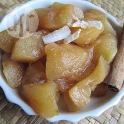 Composta di mele alla cannella e cocco
