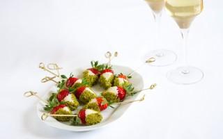 Ricetta fragole al cioccolato bianco e pistacchi