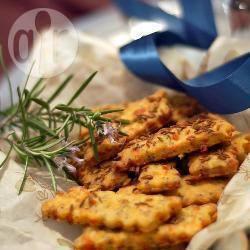 Biscotti salati al formaggio e semi di cumino
