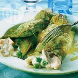 Crespelle agli spinaci con pesce e verdure