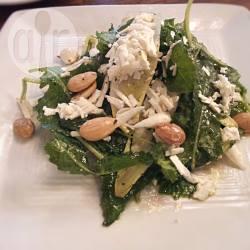 Insalata croccante con ricotta salata